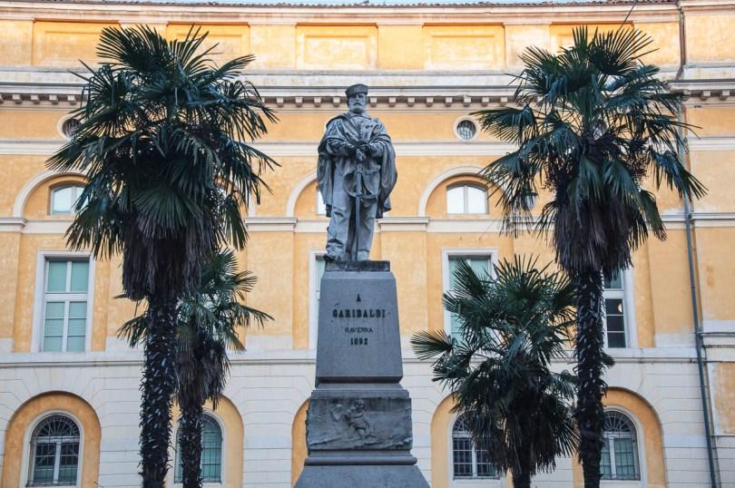 Garibaldi's monument at Garibaldi Square - Ravenna, Italy - www.rossiwrites.com