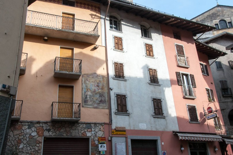 Traditional houses - Bagolino, Lombardy, Italy - www.rossiwrites.com