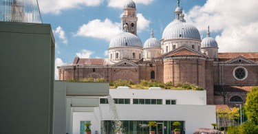 Padua's Botanical Garden with the Basilica of Santa Guistina at the background - Padua, Veneto, Italy - www.rossiwrites.com