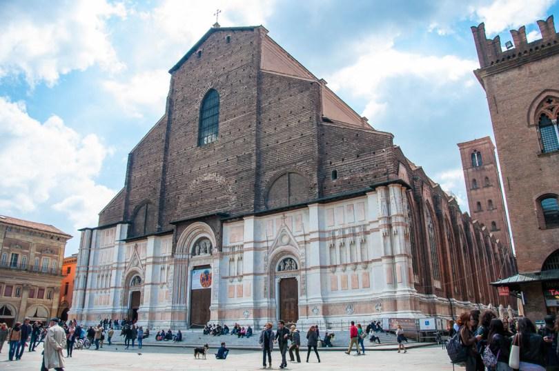 Basilica di San Petronio - Bologna, Emilia-Romagna, Italy - www.rossiwrites.com