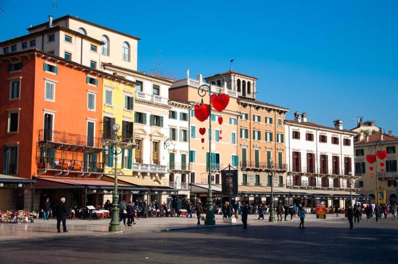 Piazza Bra - Verona, Italy - www.rossiwrites.com