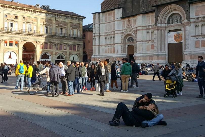 Piazza Maggiore - Bologna, Emilia-Romagna, Italy - www.rossiwrites.com