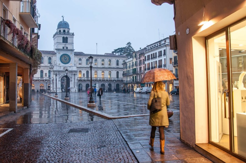 A rainy evening on Piazza dei Signori - Padua, Veneto, Italy - rossiwrites.com