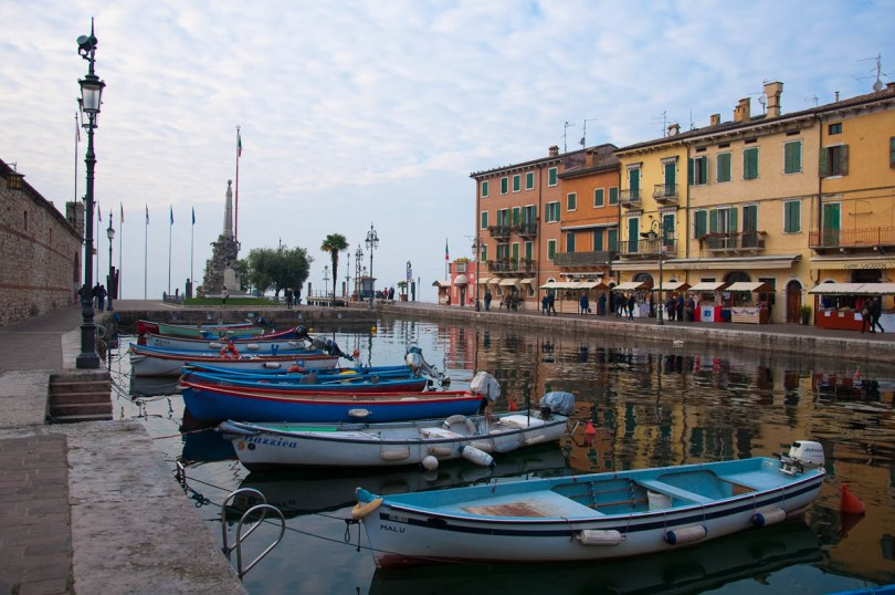Colourful boats and houses - Lazise, Lake Garda, Italy - www.rossiwrites.com
