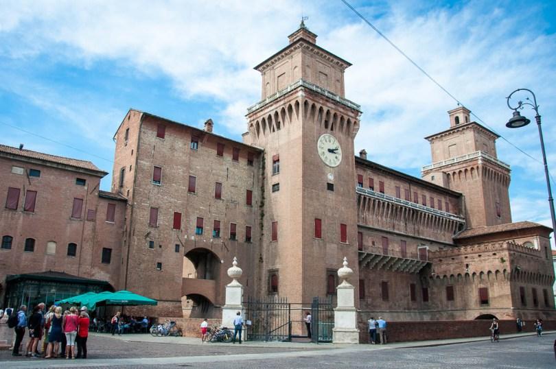Castello-Estense-Ferrara-Emilia-Romagna-Italy-www.rossiwrites.com