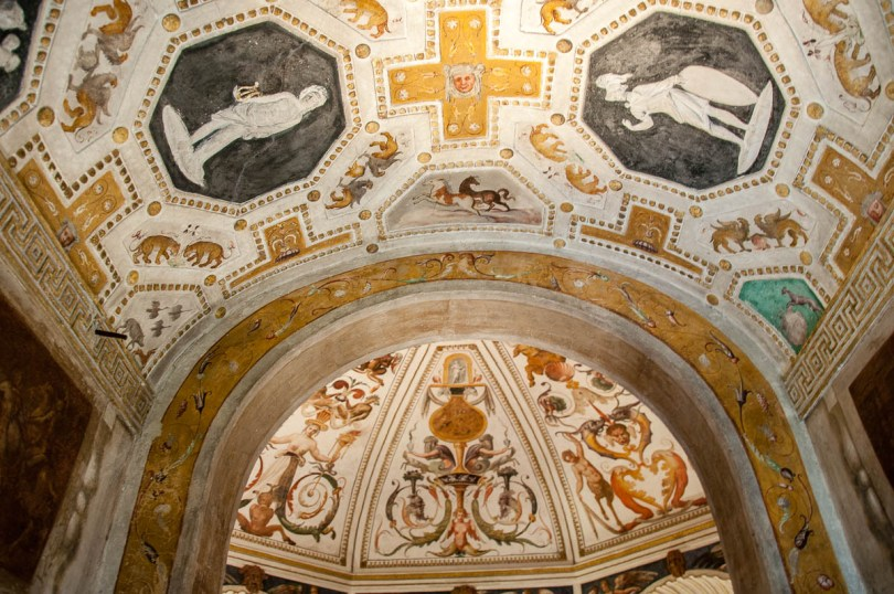 Frescoed and stuccoed ceilings - Cornaro Loggia and Odeon - Padua, Veneto, Italy - www.rossiwrites.com