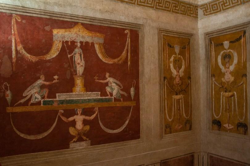 Frescoed walls - Cornaro Loggia and Odeon - Padua, Veneto, Italy - www.rossiwrites.com
