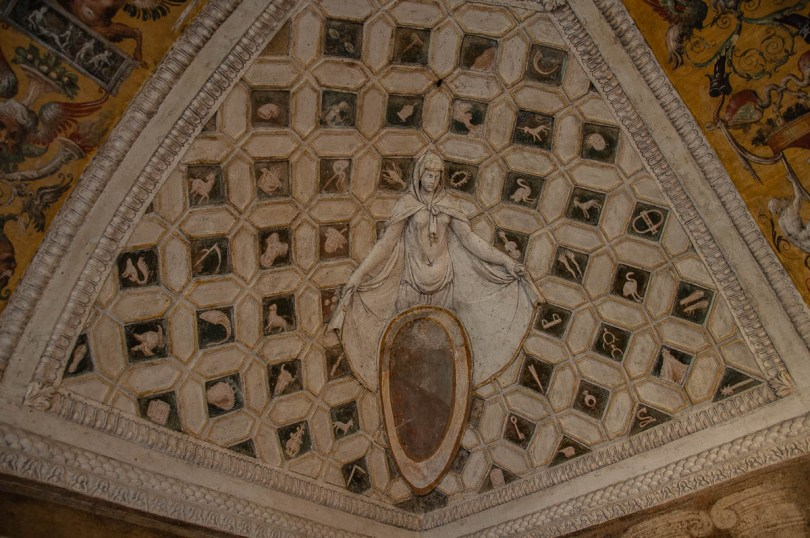 Stuccoes and frescoes - Cornaro Loggia and Odeon - Padua, Veneto, Italy - www.rossiwrites.com