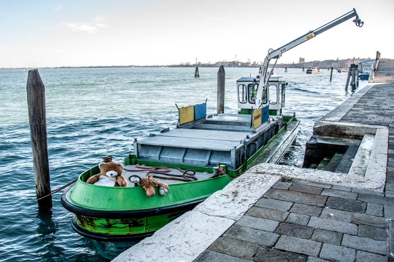 Rubbish barge with plush animals - Venice, Veneto, Italy - www.rossiwrites.com