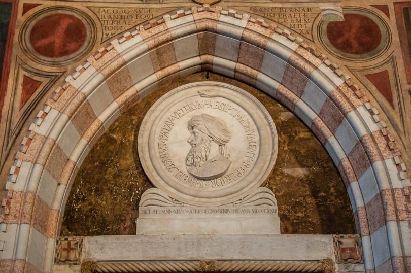 The Monument to Belzoni in Palazzo della Ragione - Padua, Italy - rossiwrites.com