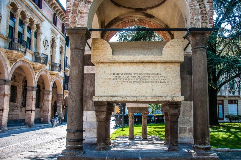The tomb of Antenor - Padua, Italy - rossiwrites.com