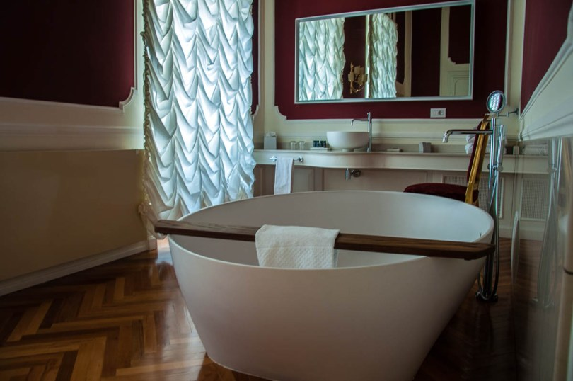 The bathroom - The Royal Suite - Palazzo Monga guesthouse - Verona, Italy - www.rossiwrites.com