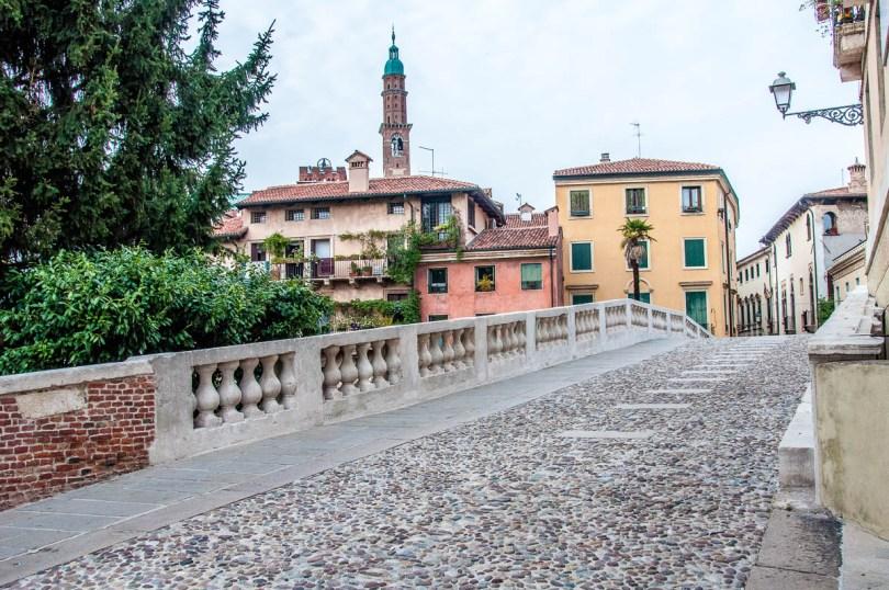 San Michele Bridge over the river Retrone - Vicenza, Italy - www.rossiwrites.com