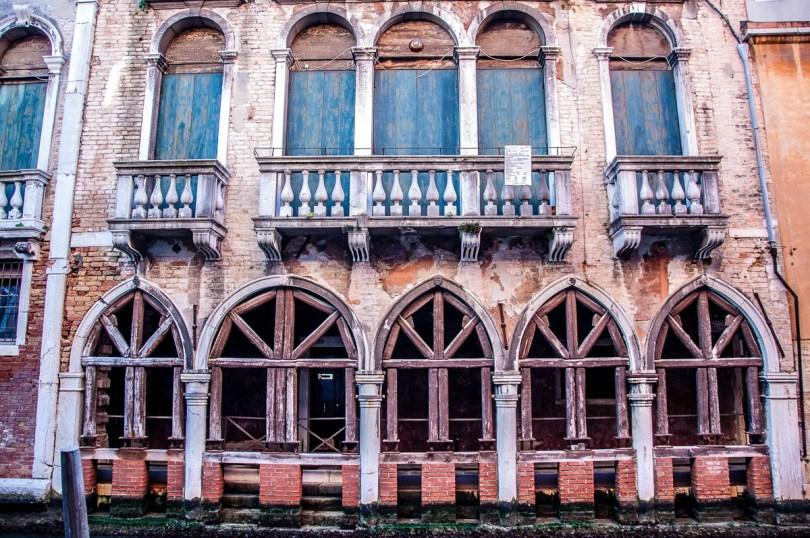 Venetian palazzo being restored - Venice, Veneto, Italy - www.rossiwrites.com