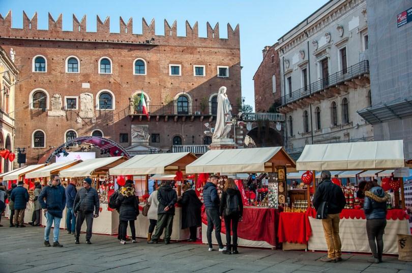Verona in Love market, Piazza dei Signori, Verona, Veneto, Italy - www.rossiwrites.com