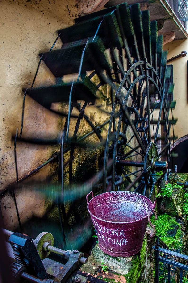 Turning watermill wheel - Borghetto sul Mincio, Veneto, Italy - www.rossiwrites.com
