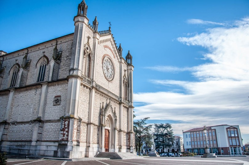 Duomo - Montecchio Maggiore, Veneto, Italy - www.rossiwrites.com