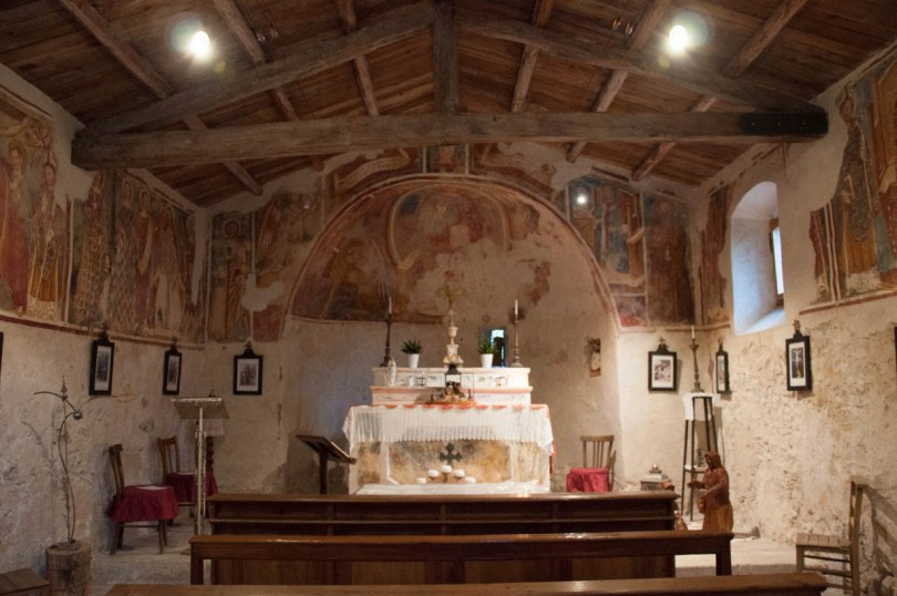 Inside the Church of San Pietro in Vincoli - Campo di Brenzone, Lake Garda, Italy - www.rossiwrites.com