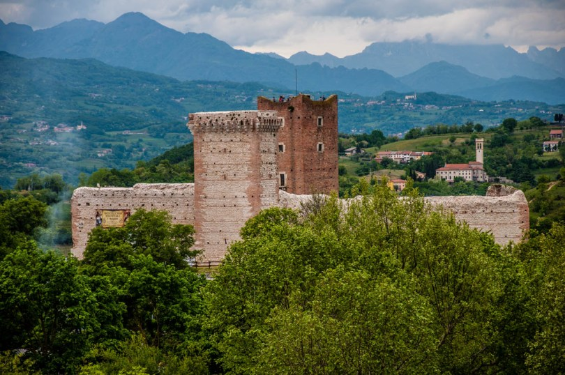 The Bellaguardia's Castle also known as Romeo's Castle - Montecchio Maggiore, Veneto, Italy - www.rossiwrites.com