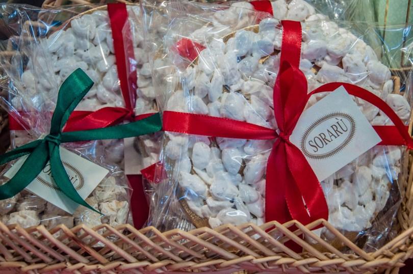 Handmade mandorlato - Pasticceria Soraru - Vicenza, Veneto, Italy - www.rossiwrites.com