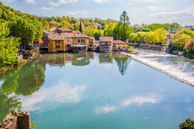 Borghetto sul Mincio seen from the medieval Visconti Bridge - Valeggio sul Mincio, Veneto, Italy - www.rossiwrites.com