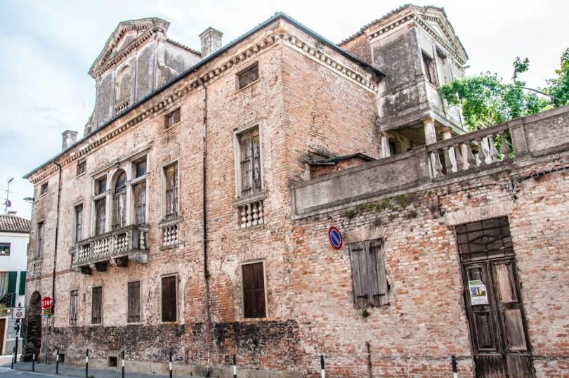 Elegant villa - Este, Veneto, Italy - www.rossiwrites.com
