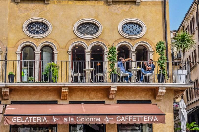 Italian caffe - Vicenza, Italy - www.rossiwrites.com