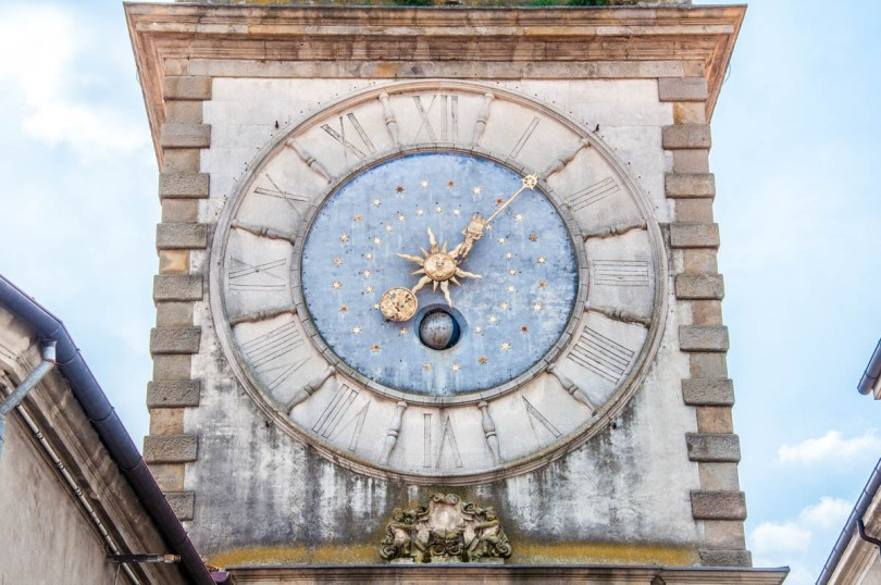 The astronomical clock of the Torre Civica of the Porta Vecchia - Este, Veneto, Italy - www.rossiwrites.com
