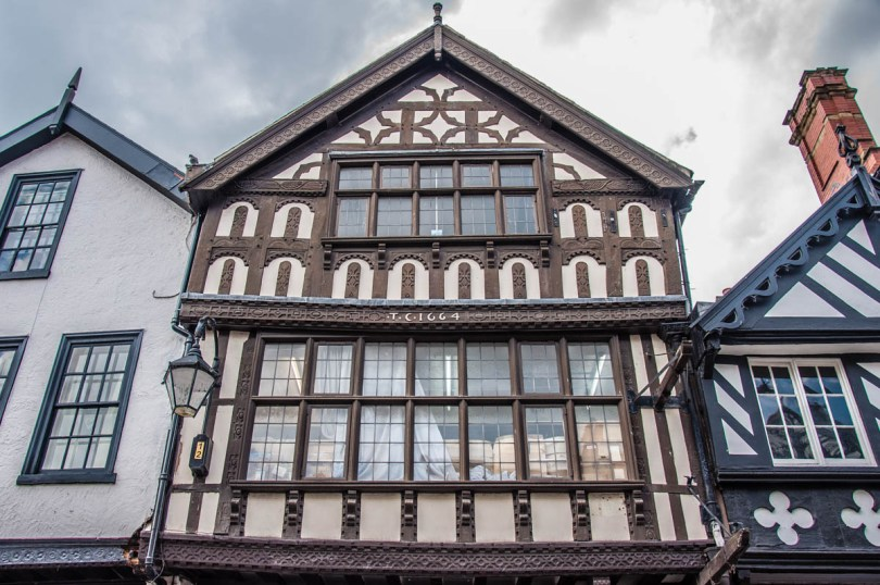 A Tudor house from 1664 - Chester, Cheshire, England - rossiwrites.com