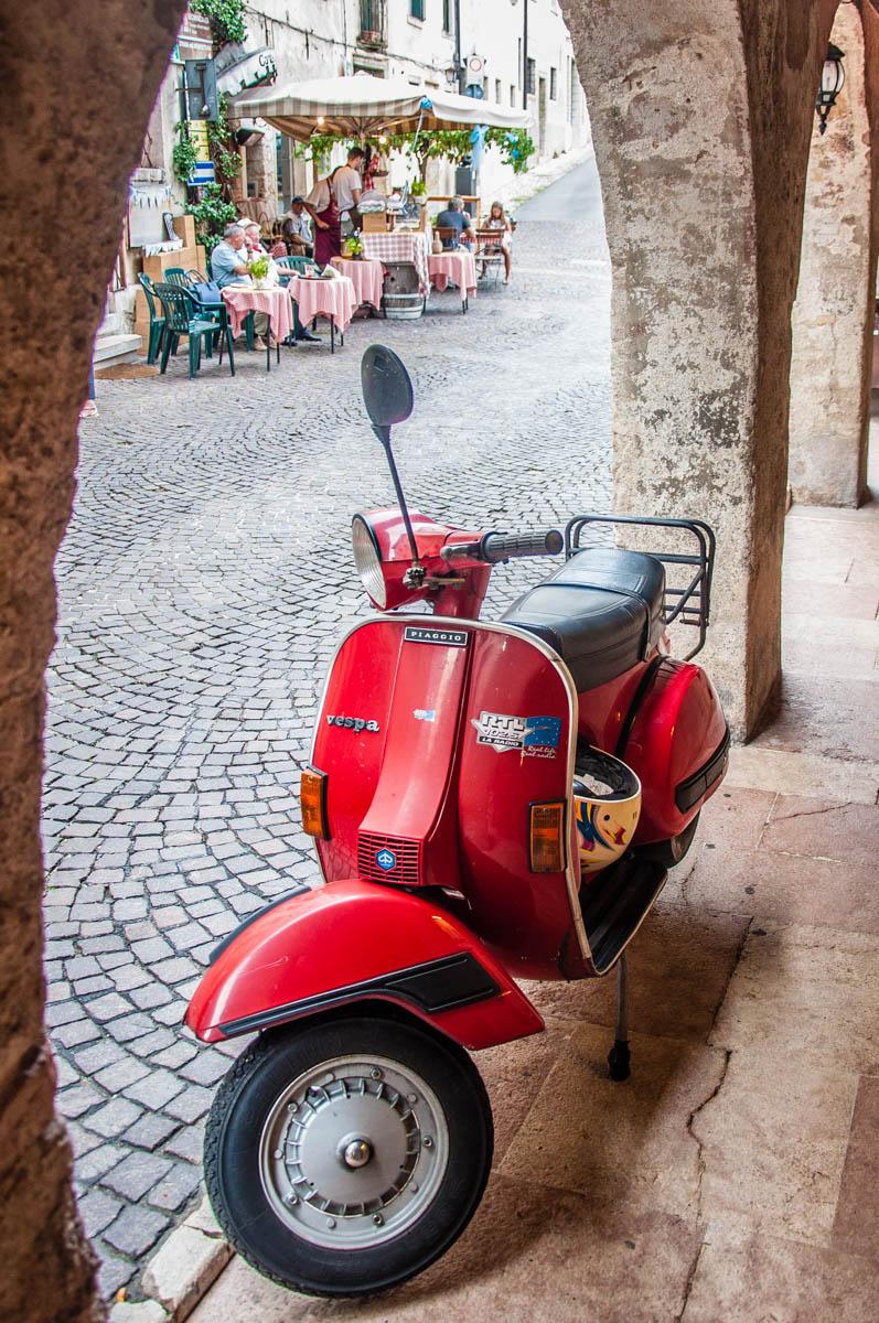A slice of Italian life - Asolo, Veneto, Italy - rossiwrites.com