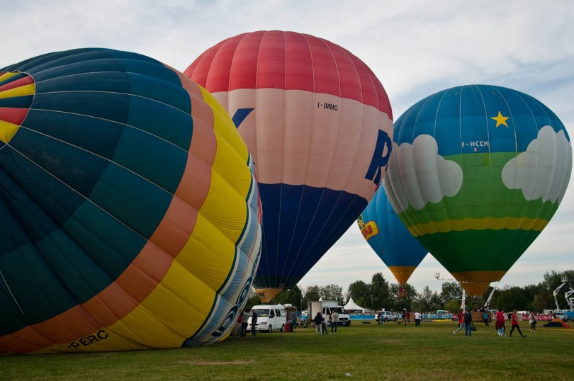 Getting the balloons ready to fly - Ferrara Balloon Festival, Italy - rossiwrites.com