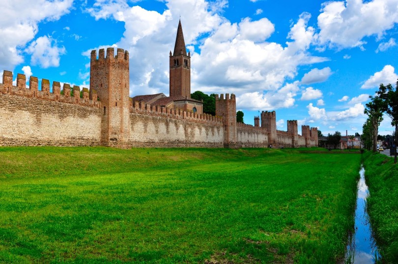 The defensive medieval wall of Montagnana - Veneto, Italy - rossiwrites.com