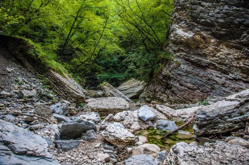 The river bed - Grotta Azzurra di Mel - Hiking in the Dolomites - Veneto, Italy - rossiwrites.com
