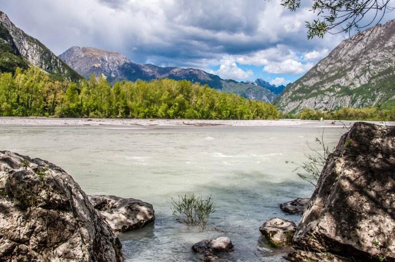 River Tagliamento near the village of Venzone - Friuli-Venezia Giulia, Italy - rossiwrites.com