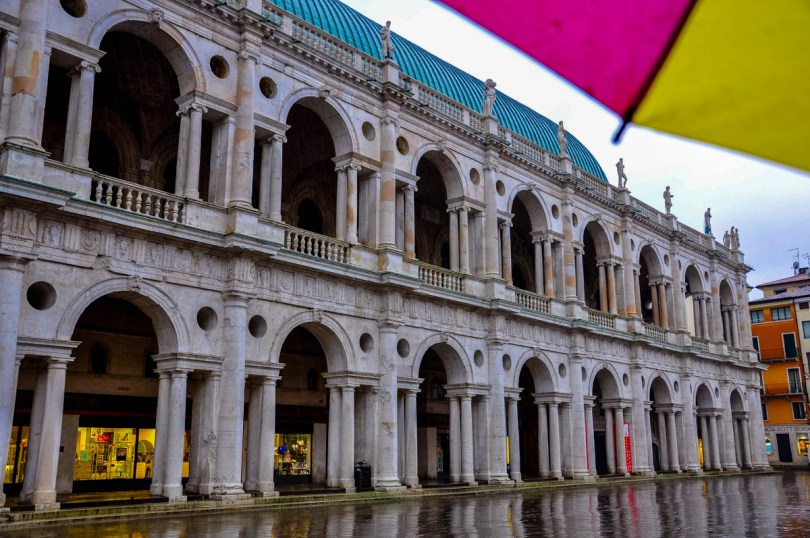 The Basilica Palladiana in the rain - Vicenza, Veneto, Italy - rossiwrites.com