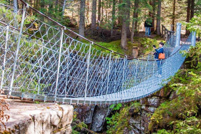 The suspended bridge over the Travignolo stream - Paneveggio - The Violins' Forest - Dolomites, Trentino, Italy - rossiwrites.com