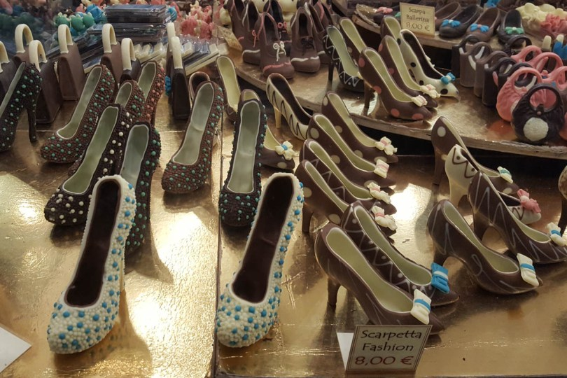 Chocolate shoes and bags - Chocolate Festival - Padua, Veneto, Italy - rossiwrites.com