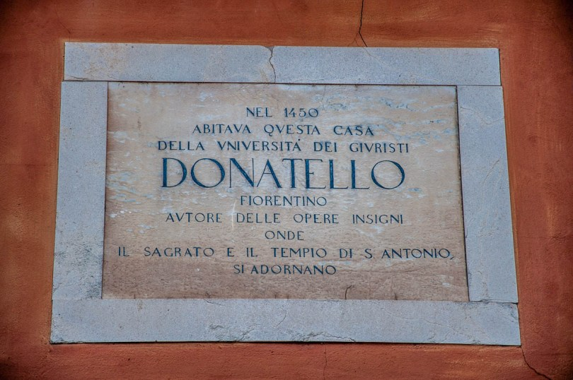 Sign on the house where Donatello used to live - Padua, Veneto, Italy - rossiwrites.com