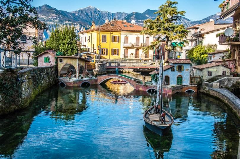 A view of the Nativity Scene on River Aril - Cassone, Lake Garda, Veneto, Italy - rossiwrites.com