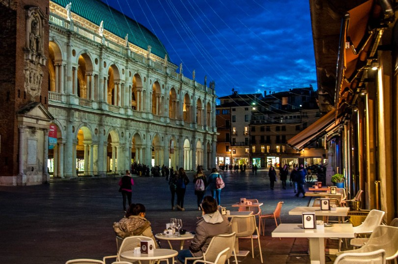 The Basilica Palladiana at Piazza dei Signori with Christmas lights at night - Vicenza, Italy - rossiwrites.com