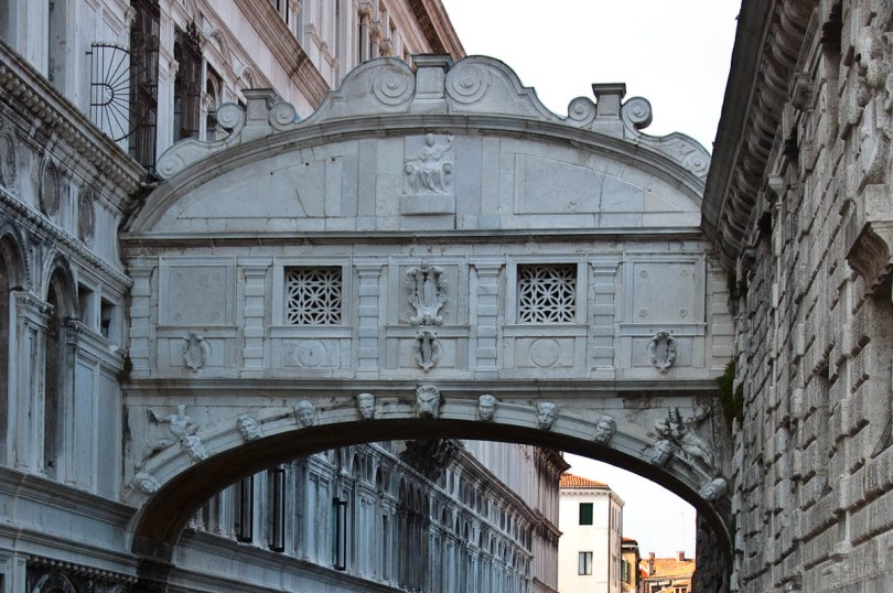 The Bridge of Sighs, Doge's Palace - Venice, Italy - rossiwrites.com