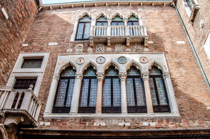 Venetian finestrata - Venice, Italy - rossiwrites.com