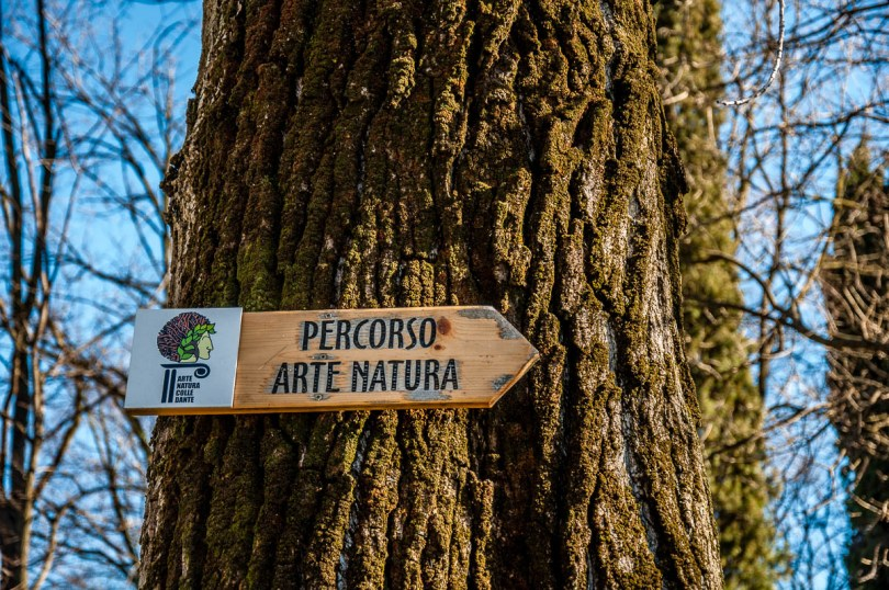 A sign for the Dante's Art Nature Trail - Dante's Hill - Col Bastia - Romano d'Ezzelino, Veneto, Italy - rossiwrites.com