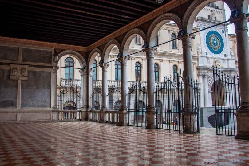 Loggia del Gran Consiglio - Padua, Italy - rossiwrites.com