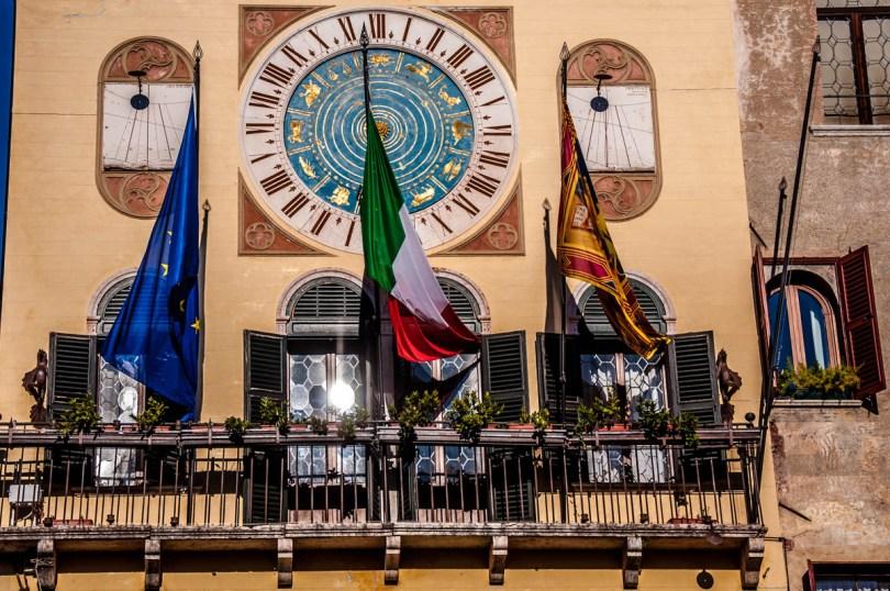 Astronomical clock of the Loggia della Piazza - Bassano del Grappa, Veneto, Italy - rossiwrites.com