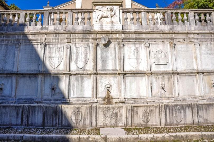 The water fountain by Tulio Lombardi - Piazza Maggiore, Feltre - Veneto, Italy - rossiwrites.com