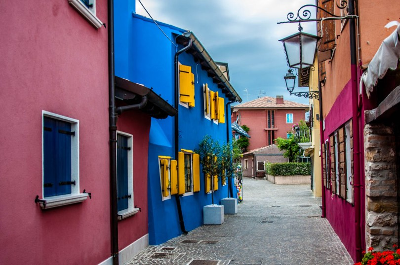 Colourful houses - Caorle, Veneto, Italy - rossiwrites.com