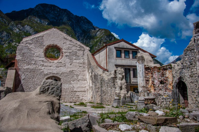 Church destroyed by the earthquake in 1976 - Venzone, Friuli Venezia Giulia, Italy - rossiwrites.com