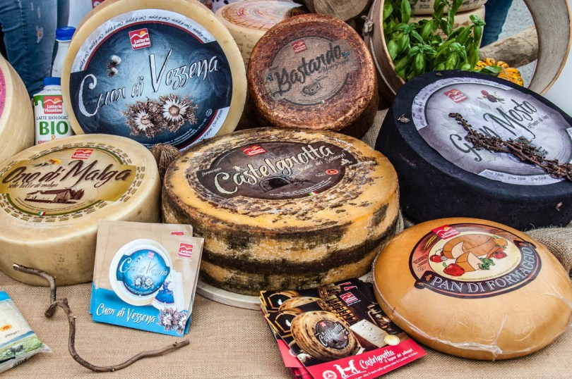 Different types of Italian cheeses - Bressanvido, Veneto, Italy - rossiwrites.com
