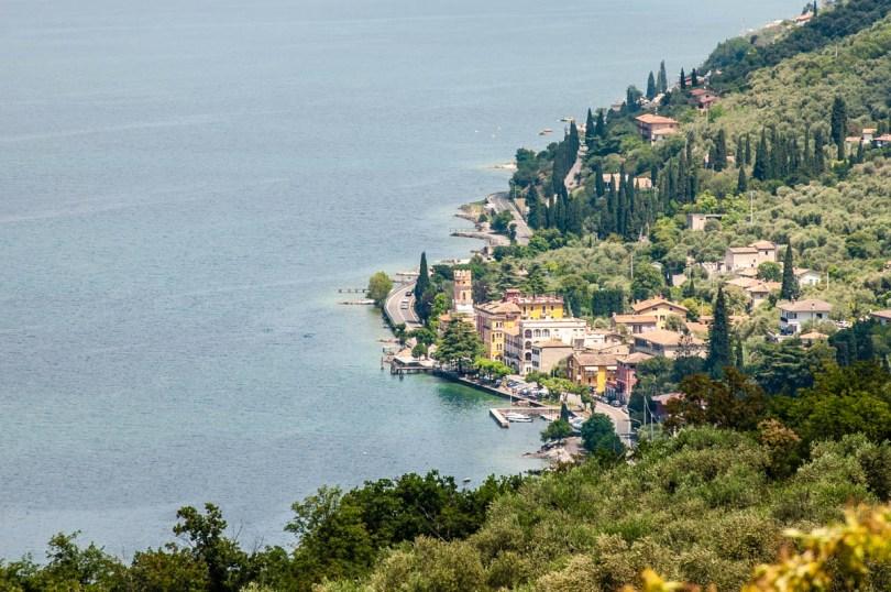 Lakeside views from the start of the hiking path to the Tibetan Bridge - Crero, Lake Garda, Veneto, Italy - rossiwrites.com